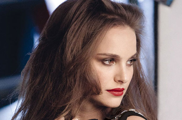 Natalie Portman y Rouge Dior, con Free The Children