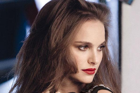 Natalie Portman y Rouge Dior, con Free The Children