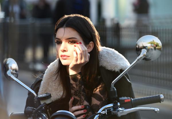 Kendall Jenner y la Fundación Ryan Seacrest