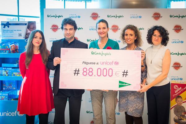 El cheque solidario de El Corte Inglés a UNICEF