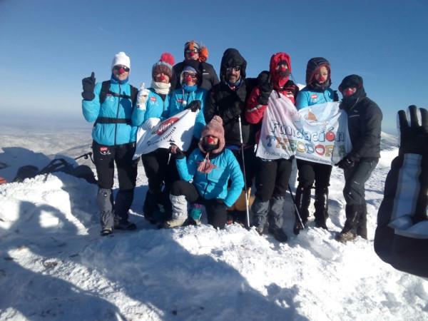 Fundación Theodora: a lo más alto con 17 cumbres por 1 sonrisa