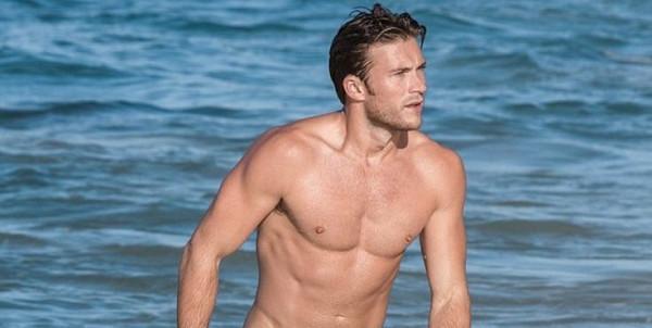 Scott Eastwood: por amor al Océano
