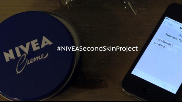 Nivea y el abrazo virtual Second Skin Project